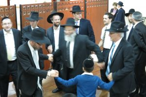 Dancing after Siyum - Melaveh Malkah 2017